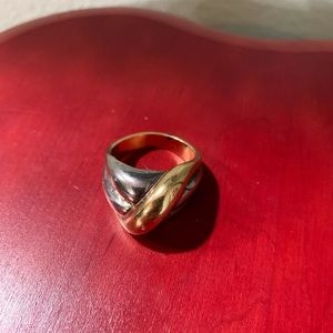 NWT Premier Designs Intertwined Ring Size 13